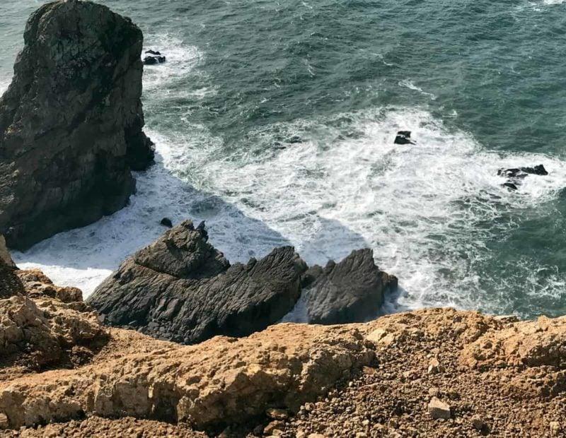 скалы на мысе Рока